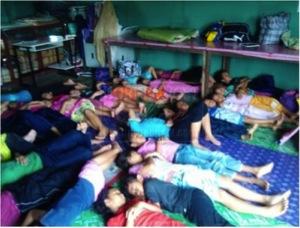 砂拉越鄉區一所寄宿學校的住宿設施,屋頂漏水。