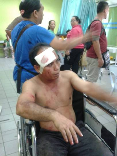 村長Jambai身體多處受傷,其四輪驅動車亦遭撞毀。